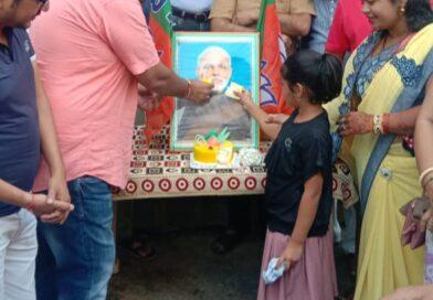 सारंगढ़ भाजपा ने मोदी का मनाया जन्मदिवस।
